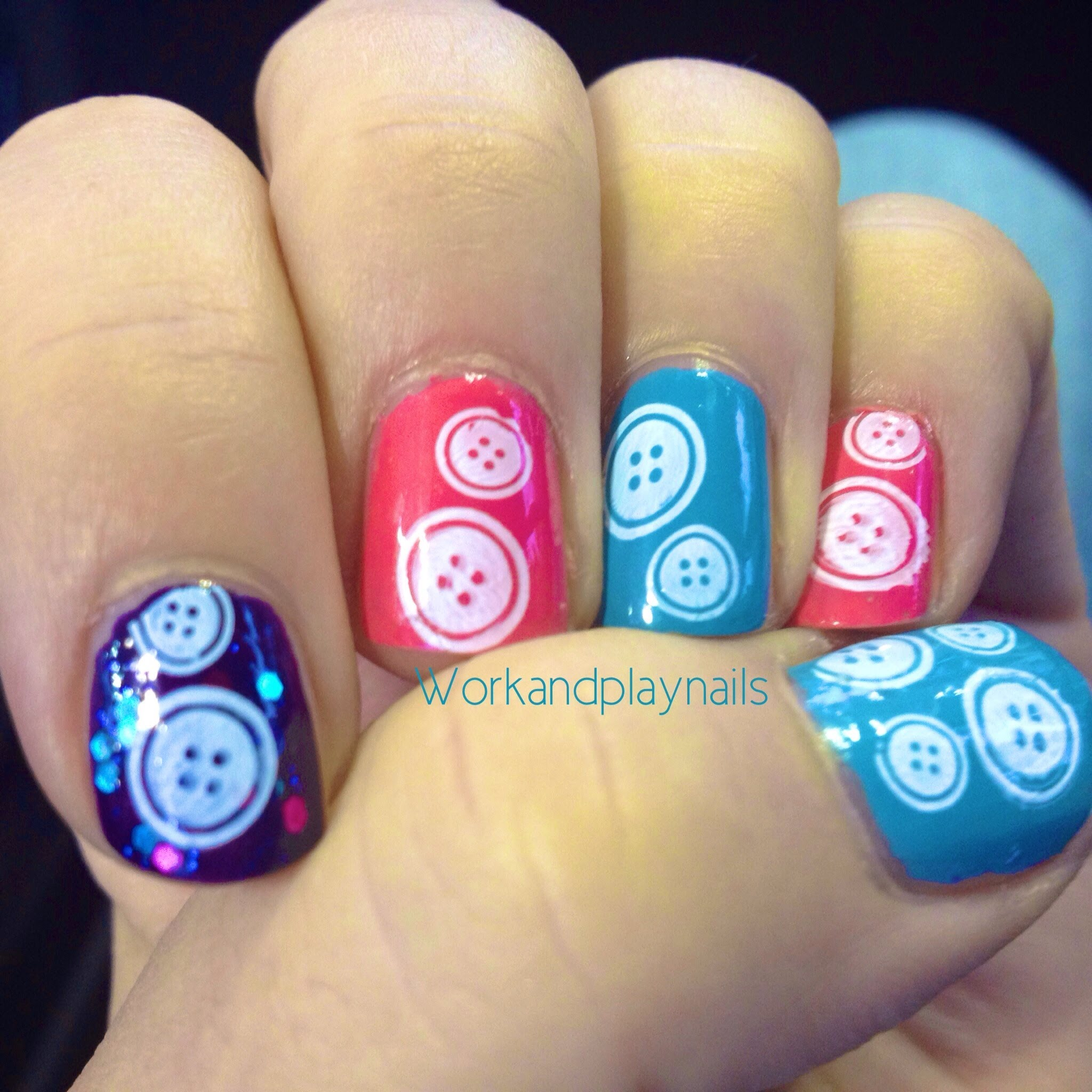 Nail Buttons: Cute Button Nail Art